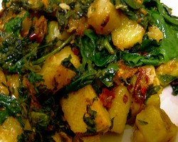 Aloo Palak Dry Curry
