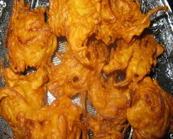 Sindhi Onion Pakora Recipe