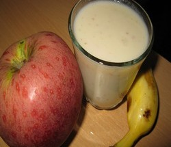 Fruit Milk Shake Indian Vegetarian Recipes Indian Regional Recipes Indian Food Recipes Indian Microwave Recipes Diabetic Recipes